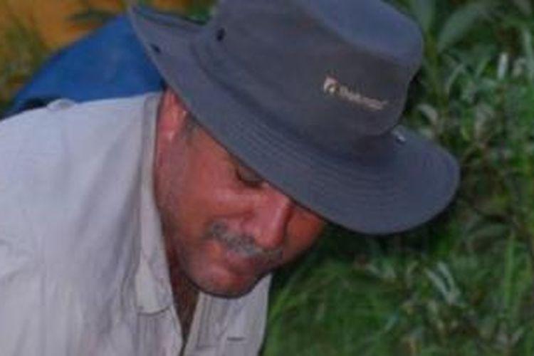 Foto Marco Lavoie yang diserahkan keluarganya ke kepolisian Kanada untuk memudahkan pencarian. Lavoie diserang beruang di tengah perjalanan berkano di daerah bersuhu ekstrem di sekitar Danau Matagami di Quebec, Kanada, dan kehilangan seluruh bekal makanan dan peralatan survival. Memulai perjalanan pada 16 Juli 2013, diserang beruang di bulan kedua perjalanan, dan baru pada Rabu (30/10/2013) dia ditemukan.