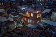 Rumah Kecil di Gang Sempit, Disulap Jadi Modern dan Menarik