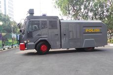 Melihat Spesifikasi Mobil Water Cannon yang Dipakai Saat Demo