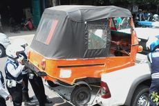 Parkir Sembarangan di Gandaria City, Bajaj Diangkut Petugas