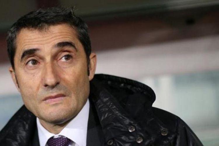 Pelatih Athletic Bilbao, Ernesto Valverde.