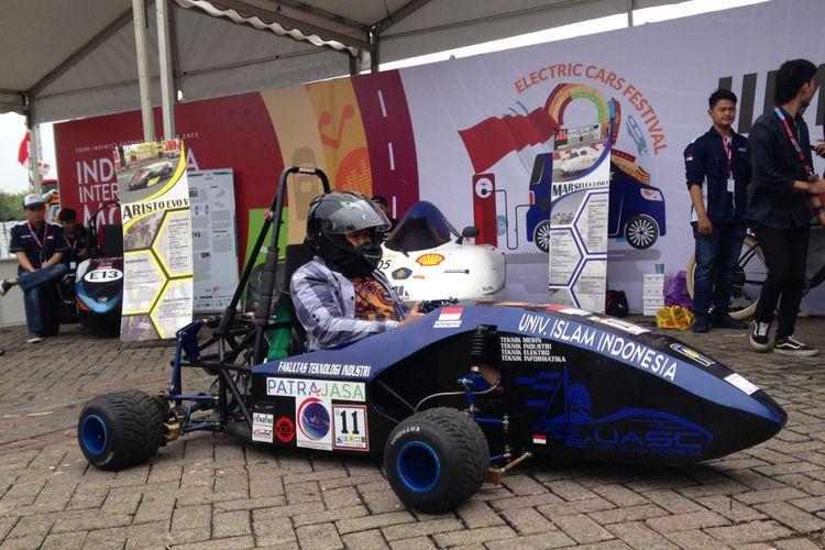 Mobil listrik mahasiswa yang bisa dijajal di IIMS 2018.
