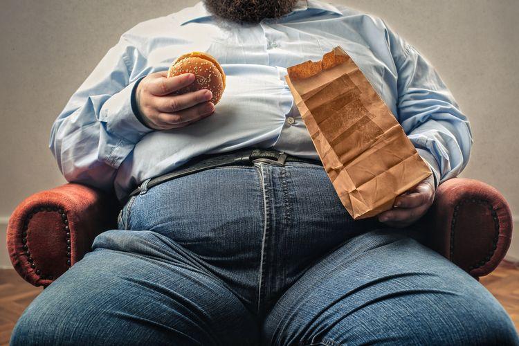 Seseorang yang kegemukan atau overweight berisiko tinggi terkena kolesterol tinggi