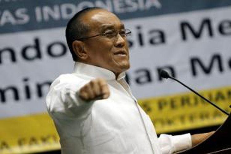 Ketua Umum Partai Golkar, Aburizal Bakrie.