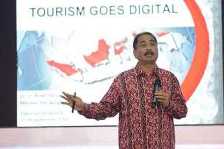 Menteri Pariwisata Arief Yahya memberikan sambutan pada Rakornas Pariwisata di Ecovention, Ecopark Ancol, Jakarta, Kamis (15/9/2016).