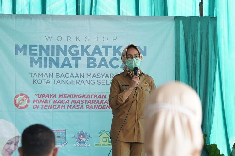 Wali Kota Tangsel Airin Rachmi Diany saat menggelar Workshop Meningkatkan Minat Baca TBM Kota Tangerang Selatan, Selasa (08/12/2020).