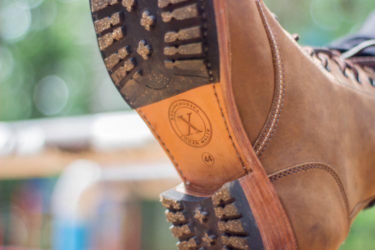 Sepatu boots Renav x Johan Malik