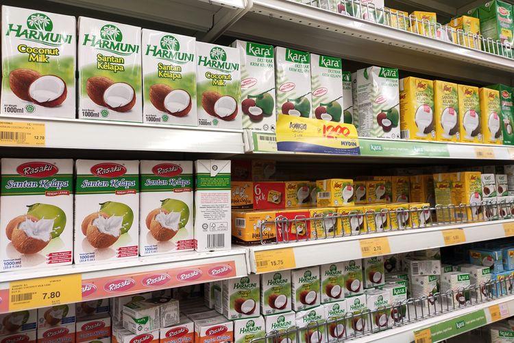 ilustrasi santan kelapa kemasan, bahan yang membuat jajan pasar lebih awet.