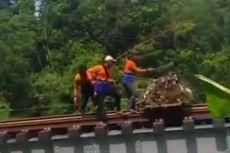 3 Petugas PT KAI Buang Sampah di Bantaran Sungai, Ini Penjelasan Manajemen