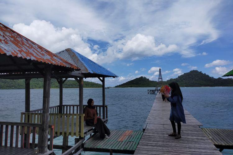 Wisata Pantai Lhok Seudu,Desa Layeun, Kecamatan Leupung, Kabupaten Aceh Besar, Minggu (19/7/2020).