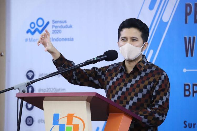 Wakil Gubernur Jawa Timur Emil Dardak saat menghadiri Pencanangan Pembangunan Zona Integritas Menuju WBBM di Kantor Badan Pusat Statistik (BPS) Jatim, Jl. Kendangsari, Surabaya, Selasa (19/5/2020).