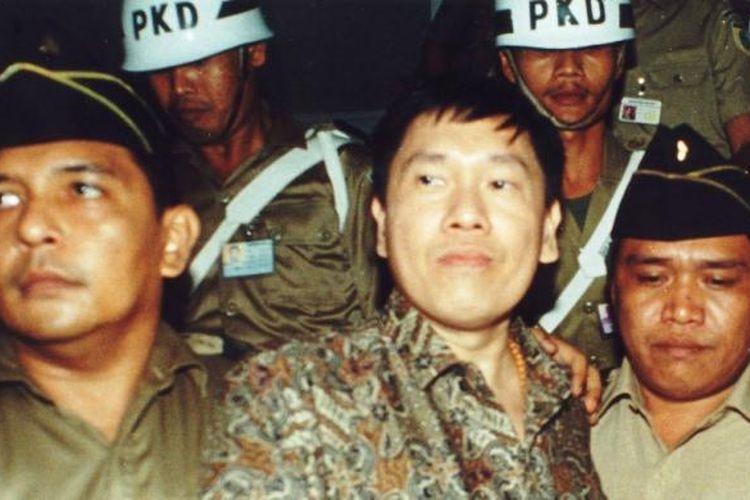 Eddy Tansil dalam foto tanggal 15 April 1994.