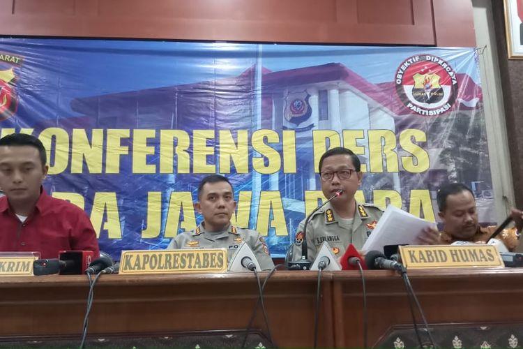 Konferensi pers hasil otopsi mendiang Lina Jubaedah di Polrestabes Bandung, Jawa Barat, Jumat (31/1/2020).