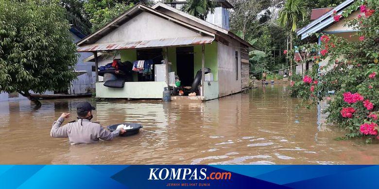 INDX Ratusan Rumah di Kalsel dan Kalbar Terendam Banjir, Warga Dievakuasi