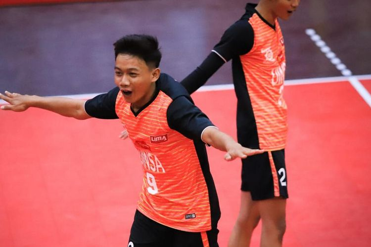 Tim voli Uinsa pada kejuaraan Liga Mahasiswa (Lima) McDonald?s East Java Conference (EJC) Season 7 mengalahkan Universitas Negeri Malang (UM) dengan skor 3-0, Jumat (20/9/2019).