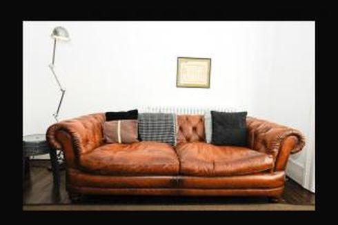 Trik Khusus Mencuci Sofa Kulit