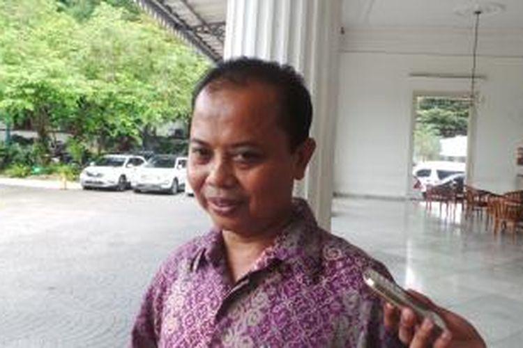 Ketua Komisi Pemilihan Umum (KPU) DKI Sumarno, seusai bertemu Gubernur DKI Jakarta Basuki Tjahaja Purnama, di Balai Kota, Kamis (3/12/2015).