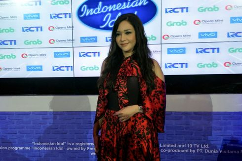 Maia Estianty Tak Mau Ungkap Penyebab Duo Ratu Bubar