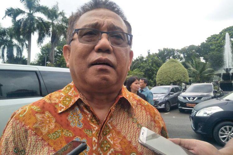 Ketua PGI Gomar Gultom Usai Bertemu Menko Polhukam, Mahfud MD di Kantor Kemenko Polhukam, Jakarta, Kamis (13/2/2020)