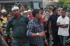 Tolak Putusan MK, Massa Mendemo KPU Maluku