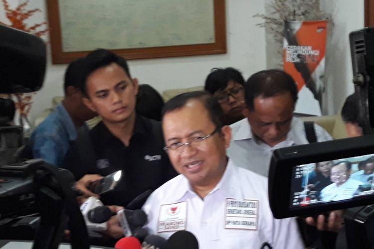 Wakil Ketua BPN Priyo Budi Santoso di kantor KPU, Menteng, Jakarta Pusat