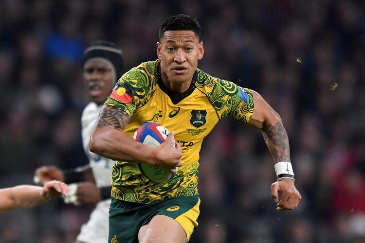 Bintang rugby Australia Israel Folau dalam laga melawan Inggris pada 24 November 2018. Dia dikecam setelah menyebut kebakaran hutan yang terjadi merupakan hukuman Tuhan akibat legalisasi pernikahan sesama jenis dan aborsi.