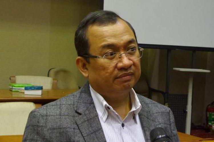 Politisi Partai Golkar Priyo Budi Santoso di Kompleks Parlemen, Senayan, Jakarta (31/5/2016)
