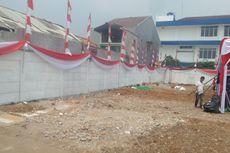 Warga Kayu Putih Protes Akses Jalan Ditutup Tembok oleh Anggota DPR