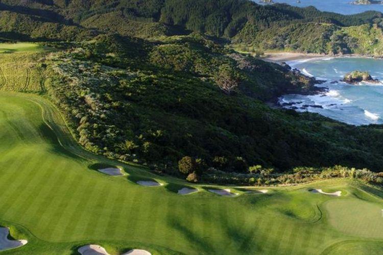 Salah satu lapangan golf di Selandia Baru.
