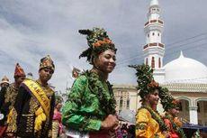 Ribuan Warga Saksikan Pawai Budaya Aceh