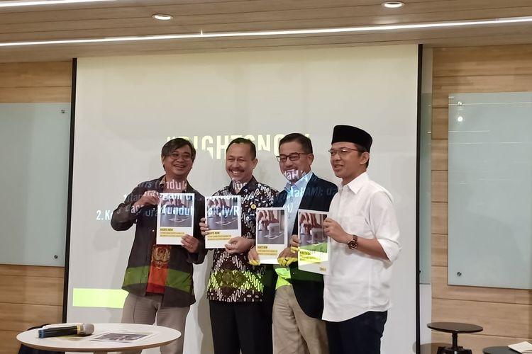 Amnesty International memberikan 9 prioritas HAM kepada BPN dan TKN serta Komnas HAM di kantor Amnesty International, Menteng, Jakarta Pusat, Senin (15/4/2019).