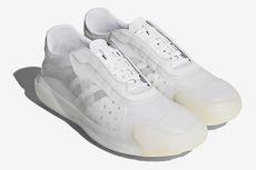 Sneaker Kolaborasi Prada X Adidas, untuk Berlayar dan Bergaya
