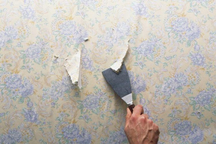 Pisau kape yang digunakan untuk melepas wallpaper.