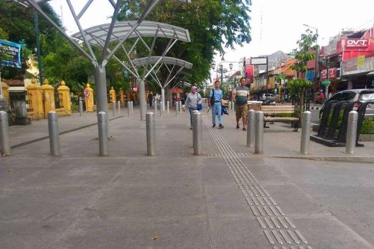Malioboro, kawasan yang selalu menjadi magnet bagi mereka yang berkunjung ke Yogyakarta. Kondisi salah satu ikon Kota Yogyakarta itu sudah berubah.