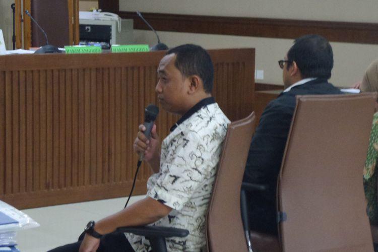 Anggota DPRD Kota Bekasi, Muhammad Kurniawan, saat bersaksi di Pengadilan Tipikor Jakarta, Kamis (8/6/2017).
