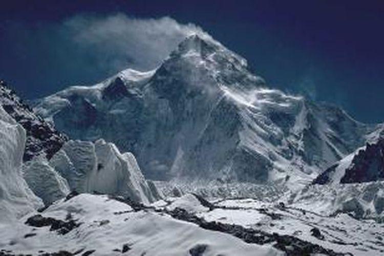 Sisi utara gunung K2 di Pakistan yang merupakan gunung tertinggi kedua di dunia.