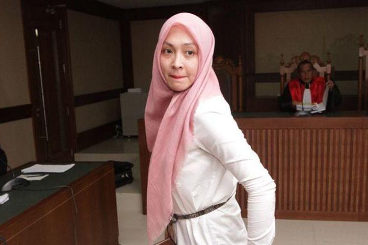 Angelina Sondakh memberikan kesaksian pada sidang di Pengadilan Tipikor, Jakarta Pusat, dengan terdakwa Muhammad Nazaruddin, Rabu (6/1/2016).