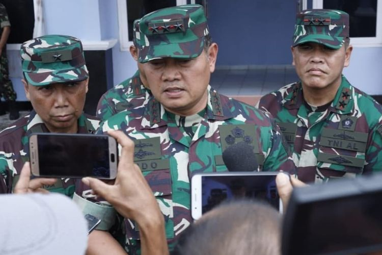Panglima Komando Gabungan Wilayah Pertahanan (Pangkogabwilhan) I Laksdya TNI Yudo Margono mengatakan sampai saat ini masih terpantau dua kapal Coast Guard China dan satu kapal pengawasan perikanan milik pemerintah China berada di timur Laut Natuna.