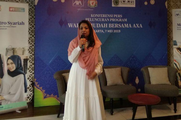 Niharika Yadav, Presiden Direktur AXA Financial Indonesia dalam konferensi pers peluncuran wakaf mudah bersama AXA di Jakarta, Selasa (7/5/2019).