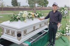 Ayahnya yang Tewas Terbunuh Ulang Tahun, Kim Samuel Unggah Foto Peti Mati