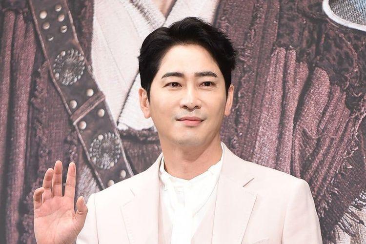 Aktor Korea Selatan, Kang Ji Hwan.