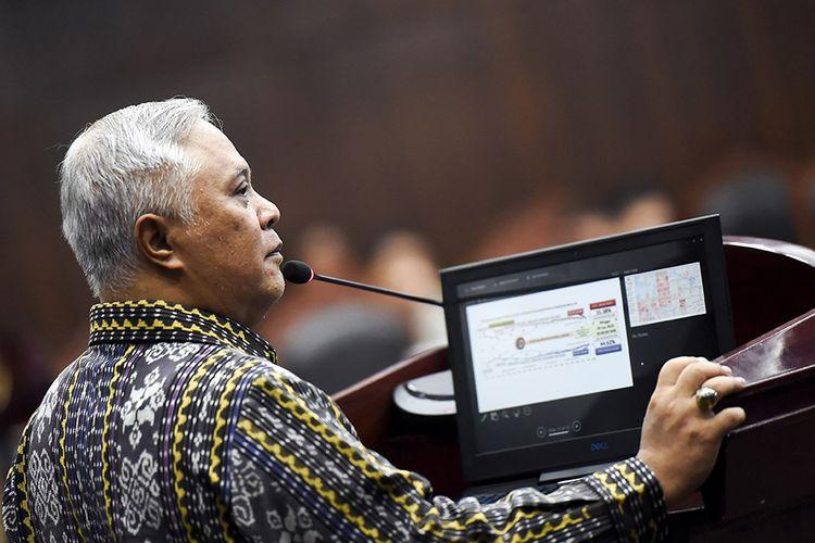 Saksi ahli dari pihak termohon Marsudi Wahyu Kisworo memberikan keterangan pada sidang lanjutan Perselisihan Hasil Pemilihan Umum (PHPU) presiden dan wakil presiden di gedung Mahkamah Konstitusi, Jakarta, Kamis (20/6/2019). Sidang tersebut beragendakan mendengarkan keterangan saksi dan ahli dari termohon atau dari pihak KPU.