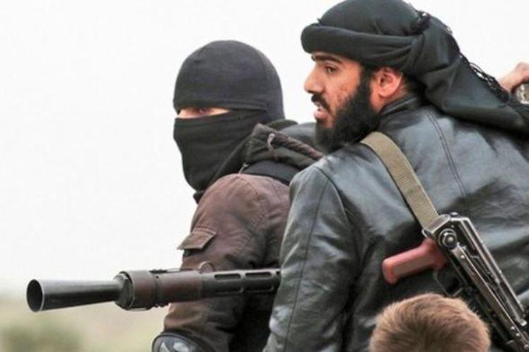 Kelompok militan Al-Nusra yang berafiliasi ke Al-Qaeda termasuk di dalam daftar kelompok teroris yang diawasi Amerika Serikat.