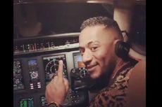 Izinkan Artis Masuk Kokpit dan Pegang Kendali Pesawat, Pilot Dilarang Terbang Seumur Hidup
