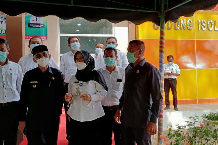 Bupati Aceh Utara Muhammad Thaib meresmikan gedung isolasi pasien Covid-19 di Rumah Sakit Umum Cut Meutia (RSUCM) Aceh Utara, Rabu (16/12/2020).