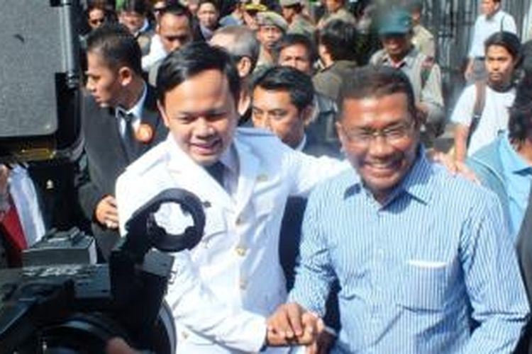 Walikota Bogor terpilih, Bima Arya Sugiarto, saat menghadiri acara pelantikan dirinya di Gedung DPRD Kota Bogor,di Ruang Rapat Paripurna, Senin (07/04/2014). Bima Arya tiba di Gedung DPRD sekitar pukul 09.00 WIB.