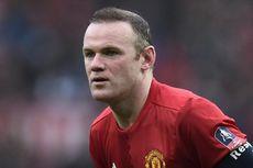 Phil Jones: Rooney Pemain Hebat, tapi Sering Dipandang Sebelah Mata