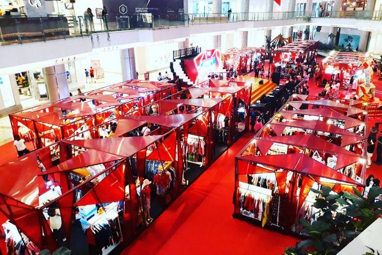 Rayakan Imlek diadakan Lunar Market Festival di PIK Avenue Mall, Jakarta.