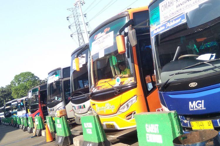 Terminal Kampung Rambutan, Jakarta Timur, Senin (18/6/2018)