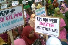 Dua Massa Pendukung Cagub Saling Sindir Di KPU Jatim